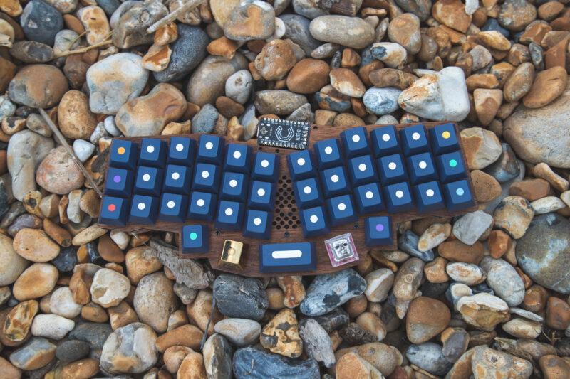 Little Keyboards Reviung41